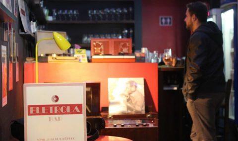 Eletrola Bar
